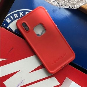 Iphone x life proof red case